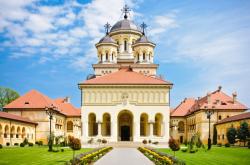 Atractie Turistica - Catedrala ortodoxa a reintregirii - Alba Iulia - Centru Turistic