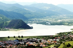 Atractie Turistica - Lacul Batca Doamnei - Alexandru cel Bun - Centru Turistic
