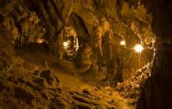 Atractie Turistica - Pestera Muierilor - Baia de Fier - Centru Turistic