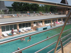 Atractie Turistica - Strandul cu apa termala Apollo - Baile Felix - Centru Turistic