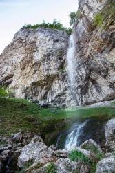 Atractie Turistica - Cascada Vanturatoarea - Baile Herculane - Centru Turistic
