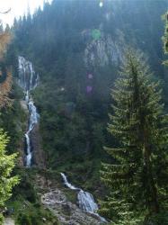 Atractie Turistica - Cascada Cailor - Borsa - Centru Turistic