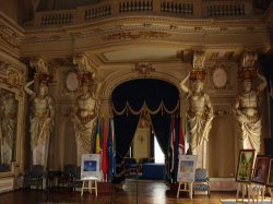 Atractie Turistica - Cercul Militar National - Bucuresti - Centru Turistic