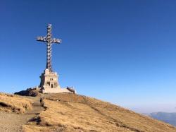 Atractie Turistica - Crucea Eroilor Neamului - Busteni - Centru Turistic