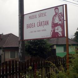 Atractie Turistica - Muzeul Badea Cartan - Cartisoara - Centru Turistic
