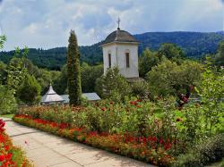 Atractie Turistica - Manastirea Crasna - Crasna - Centru Turistic