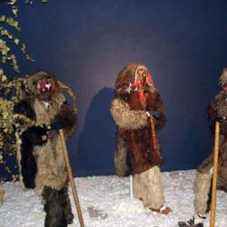 Atractie Turistica - Muzeul obiceiurilor populare din Bucovina - Gura Humorului - Centru Turistic