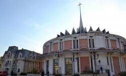 Atractie Turistica - Catedrala Romano-Catolica - Iasi - Centru Turistic