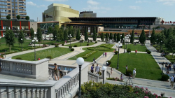 Atractie Turistica - Pallas Mall - Iasi - Centru Turistic