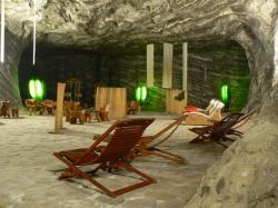 Atractie Turistica - Salina Ocnele Mari - Ramnicu Valcea - Centru Turistic