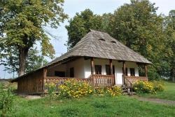 Atractie Turistica - Muzeul satului bucovinean - Suceava - Centru Turistic