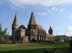 Atractie Turistica - Castelul Huniade - Timisoara - Centru Turistic