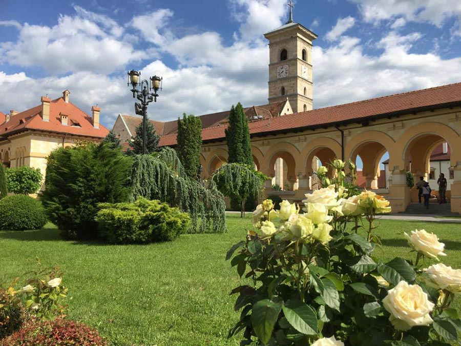 Atractie Turistica - Cetatea - Alba Iulia - Centru Turistic