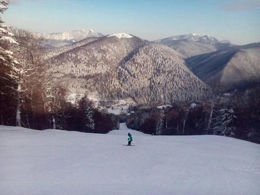 Atractie Turistica - Partia de ski Sorica - Azuga - Centru Turistic