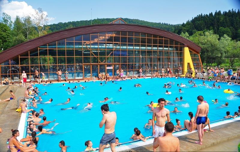 Atractie Turistica - Complexul Arinis - Gura Humorului - Centru Turistic