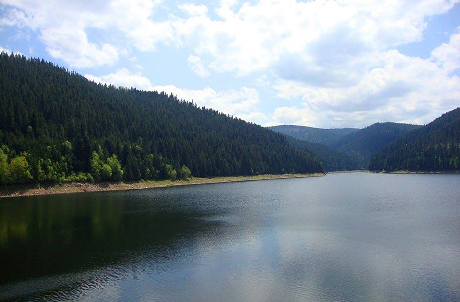 Atractie Turistica - Lacul Fantanele - Sancraiu de Cluj - Centru Turistic
