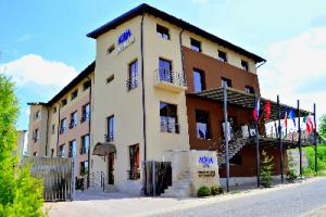 Cazare - Hotel Aqua - Baile 1 Mai