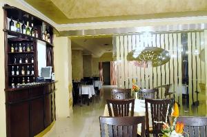 Cazare - Hotel Sabis - Ludus