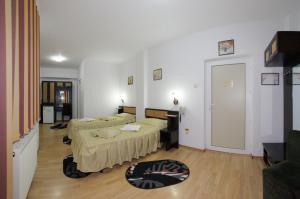 Cazare - Camera tripla - Hotel Select - Predeal
