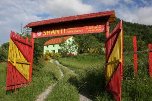 Cazare - Pensiunea Shanti - Brazesti