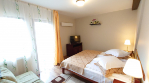 Cazare - Apartament 2 camere - Pensiunea Musatinii - Putna