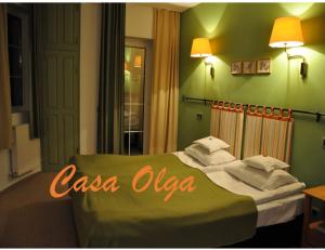 Cazare - Camera dublu matrimoniala - Pensiunea Olga - Paraul Rece
