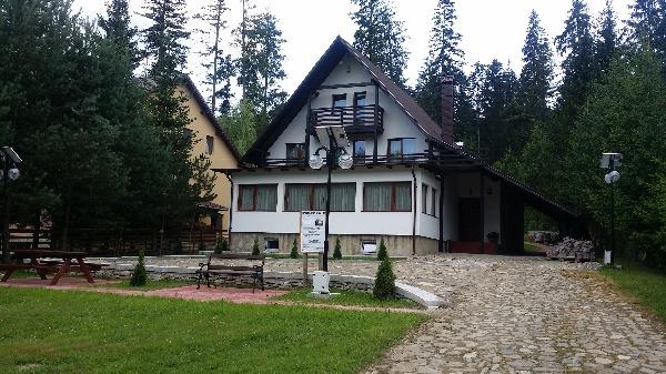 Cazare - Casa de vacanta Nona - Manastirea Humorului