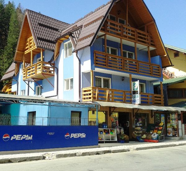 Cazare - Hostel Voineasa - Voineasa