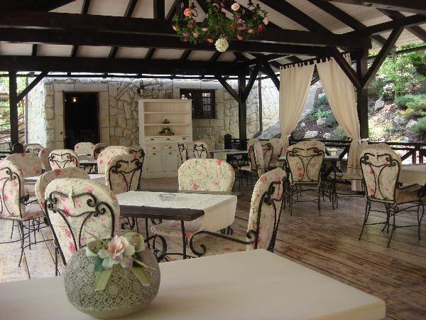 Cazare - Hotel Helen - Magura de Bacau