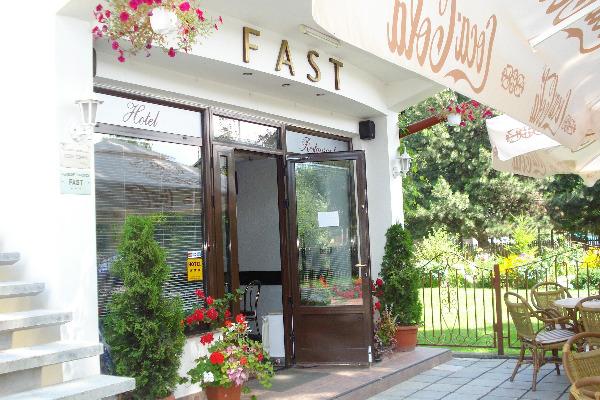 Cazare - Pensiunea Fast - Radauti